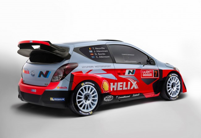 The Hyundai i20 of the Hyundai Shell World Rally Team