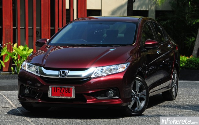 2014_Honda_City_preview_Thailand_ 013