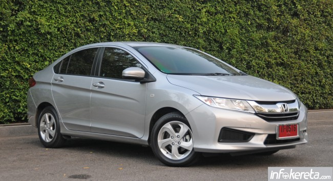 2014_Honda_City_preview_Thailand_ 014