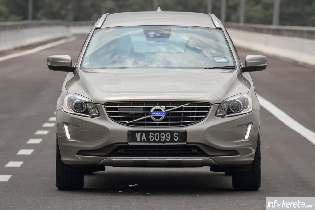 XC60_T6_Ext_01