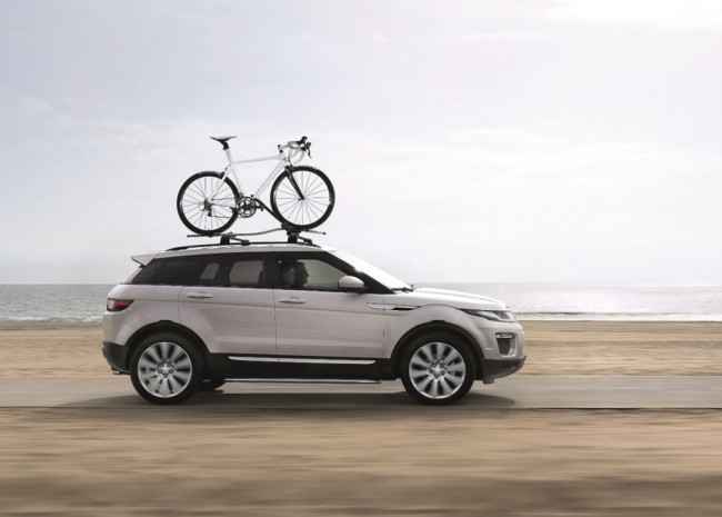 2016 Evoque FL_Side with Bicycle Roof Rack_LR