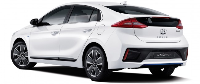 2016-hyundai-ioniq-first-details-pictures-053